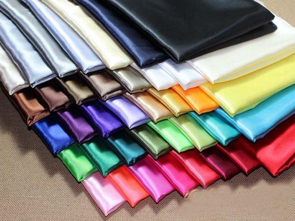 Chọn màu sắc hòi hòa cho đồng phục cô giáo mầm non