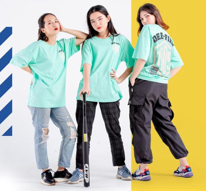 Áo lớp Oversize màu xanh xinh đẹp