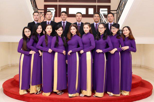 Mẫu áo dài đồng phục công sở màu tím