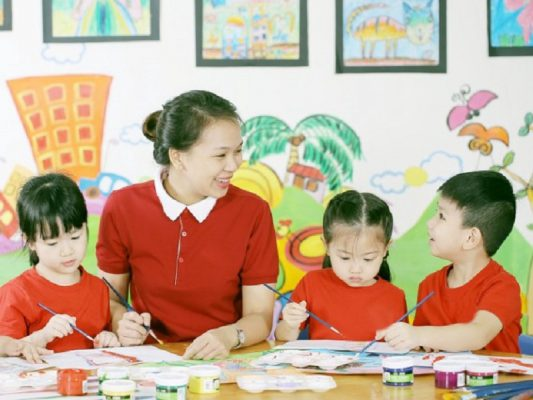 Đồng phục giáo viên mầm non tại Hà Nội