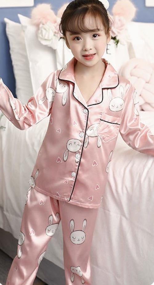 Đồ ngủ pijama hình thỏ dễ thương