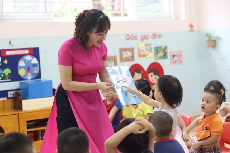 Đồng phục áo dài giáo viên mầm non