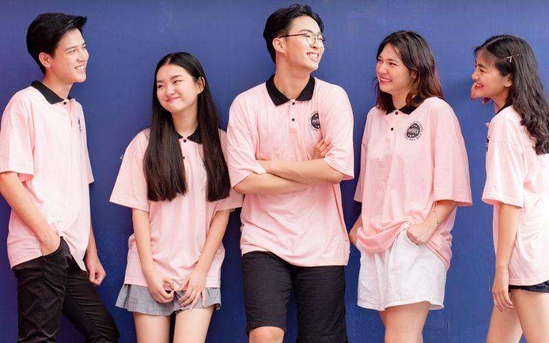 áo lớp đồng phục màu hồng nhạt cổ bẻ viền đen