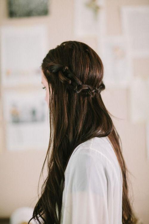 Kiểu tóc mặc áo dài học sinh- tết thác nước