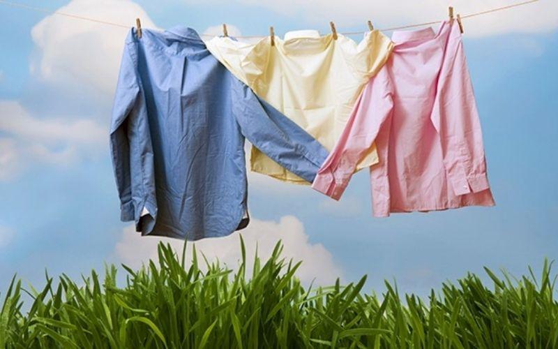 Các loại xịt thơm quần áo thơm tho